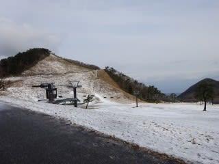 豪円山。見ての通り雪がありません。