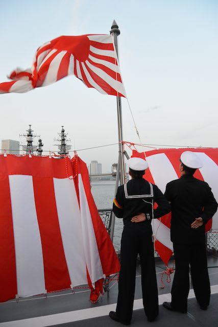 練習艦「かしま」の練習艦隊出航前艦上レセプションにお招きいただいた日のこ...