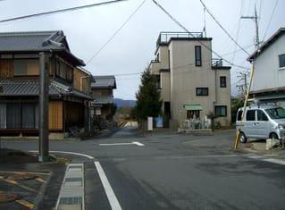 矢橋湊跡に近づく