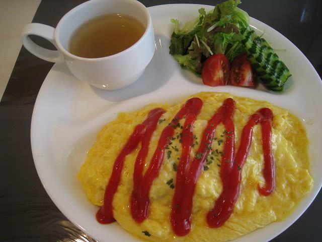 ふわふわ卵のオムライス(ケチャップ)