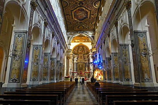 「アマルフィのドゥオモ 大聖堂内部」