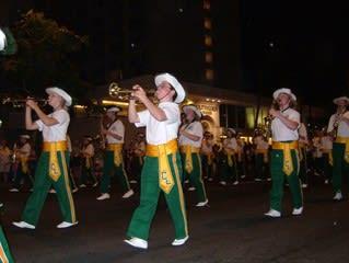 ハワイ1日目パレード3