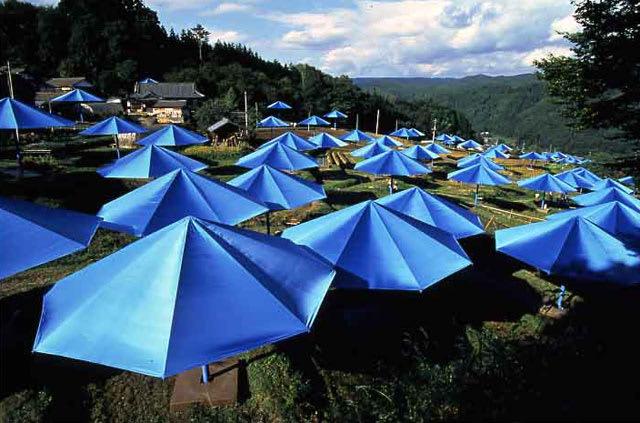 Jeanne-Claude, Christo, The Umbrellas