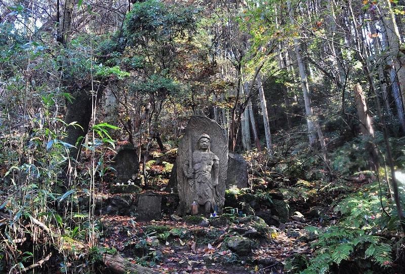 長岳寺奥の院