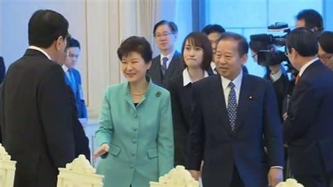 この事件を受けて、二階俊博は自民党選挙対策局長を辞任したそして今回は韓国... 二階俊博さん、ま