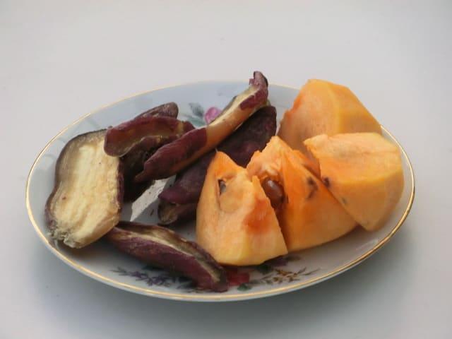 干し芋と柿