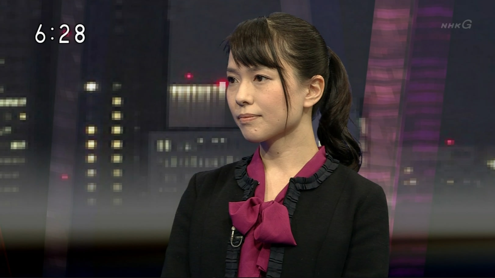 【テレビ・新聞】女性記者【雑誌】YouTube動画>2本 ->画像>421枚