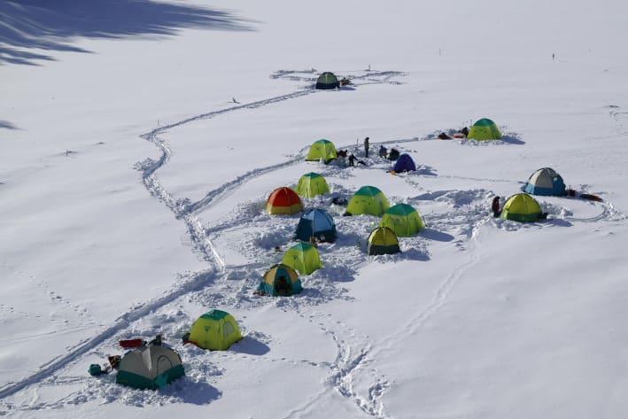 置戸湖ワカサギ釣り大会 - 北海道の川旅