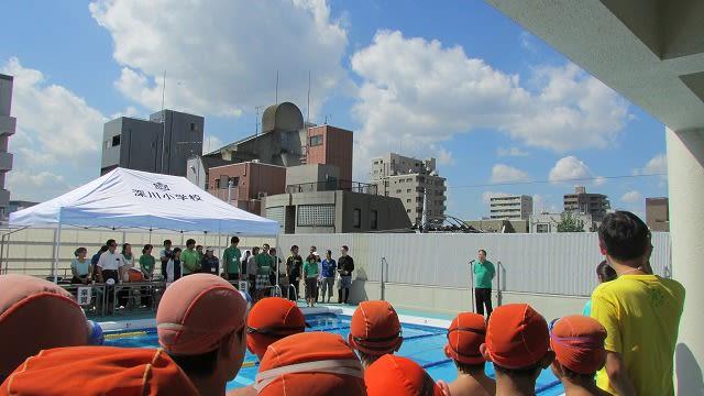 八名川小の6年生を迎えての開会式です。 記録会の名の通り、子どもたちの... 6年生の水泳記録会