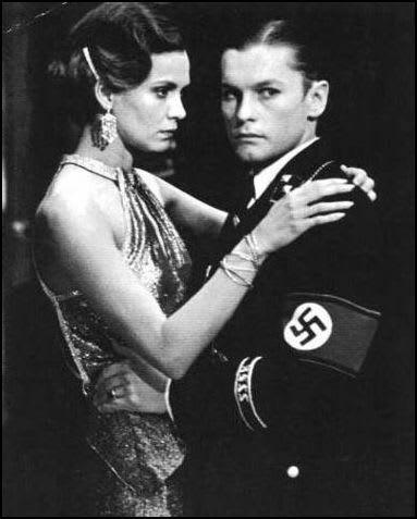 【悲報】 欅坂46 ナチス軍服風衣装にユダヤ人権団体が激怒 秋元康とソニーに謝罪要求 [無断転載禁止]©2ch.net [829826275]YouTube動画>3本 ->画像>246枚
