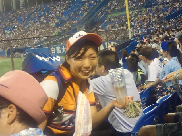 【真夏の夜の野球観戦】