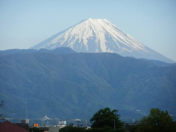 甲府市北西部から富士山