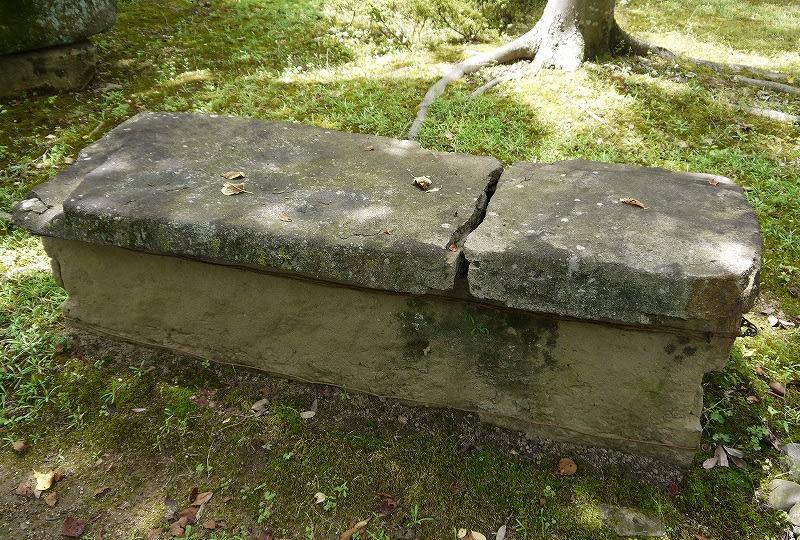 深谷1号墳石棺