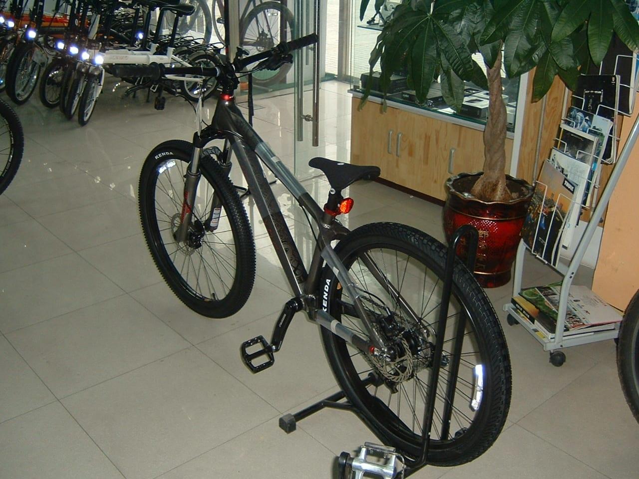 自転車買いました。giant stp 2012 ...