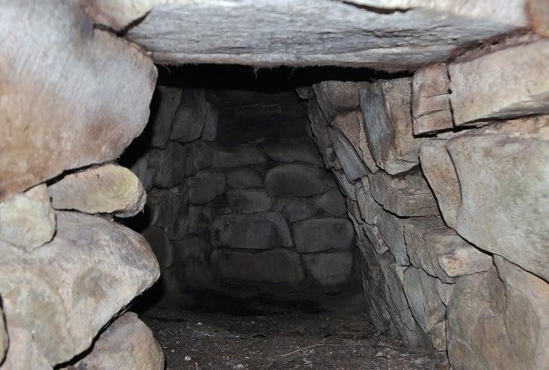 横山1号墳石室