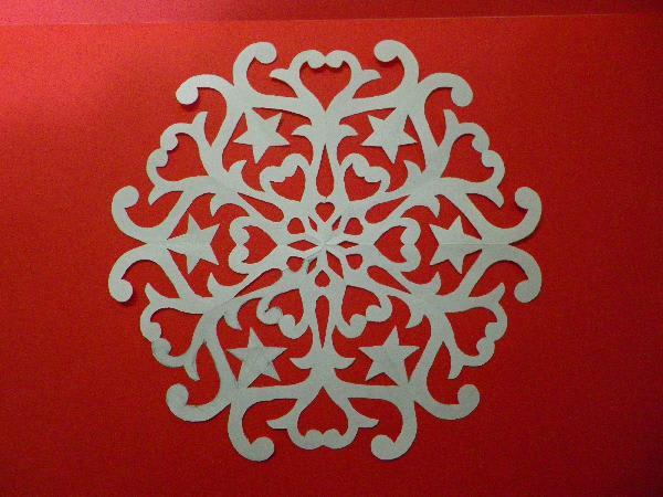 すべての折り紙 折り紙で切り絵 : ステンドグラス風クリスマスの ...