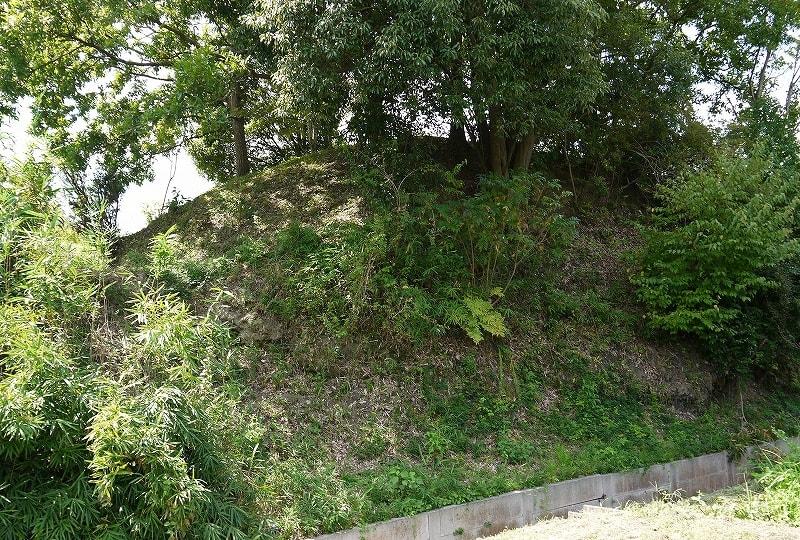 仏塚古墳北側