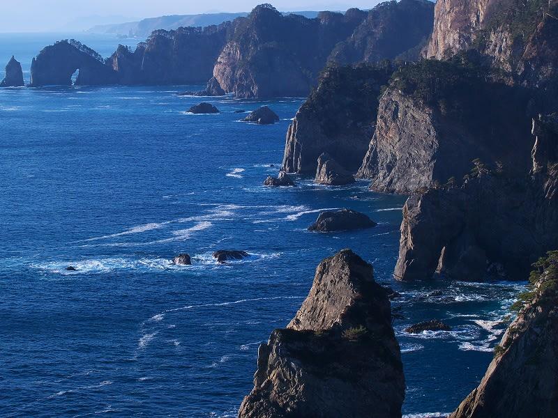 北山崎(第二展望台より) 前から行ってみたかった陸中海岸の北山崎、ついで...  松ちゃんのデジ