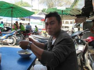 ミャンマー 国境の街タチレクへ2...