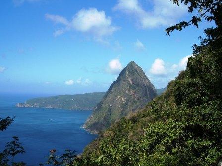 カリブ海の小さな国セントルシアで、2006年の8月から2009年7月まで... セントルシア 生