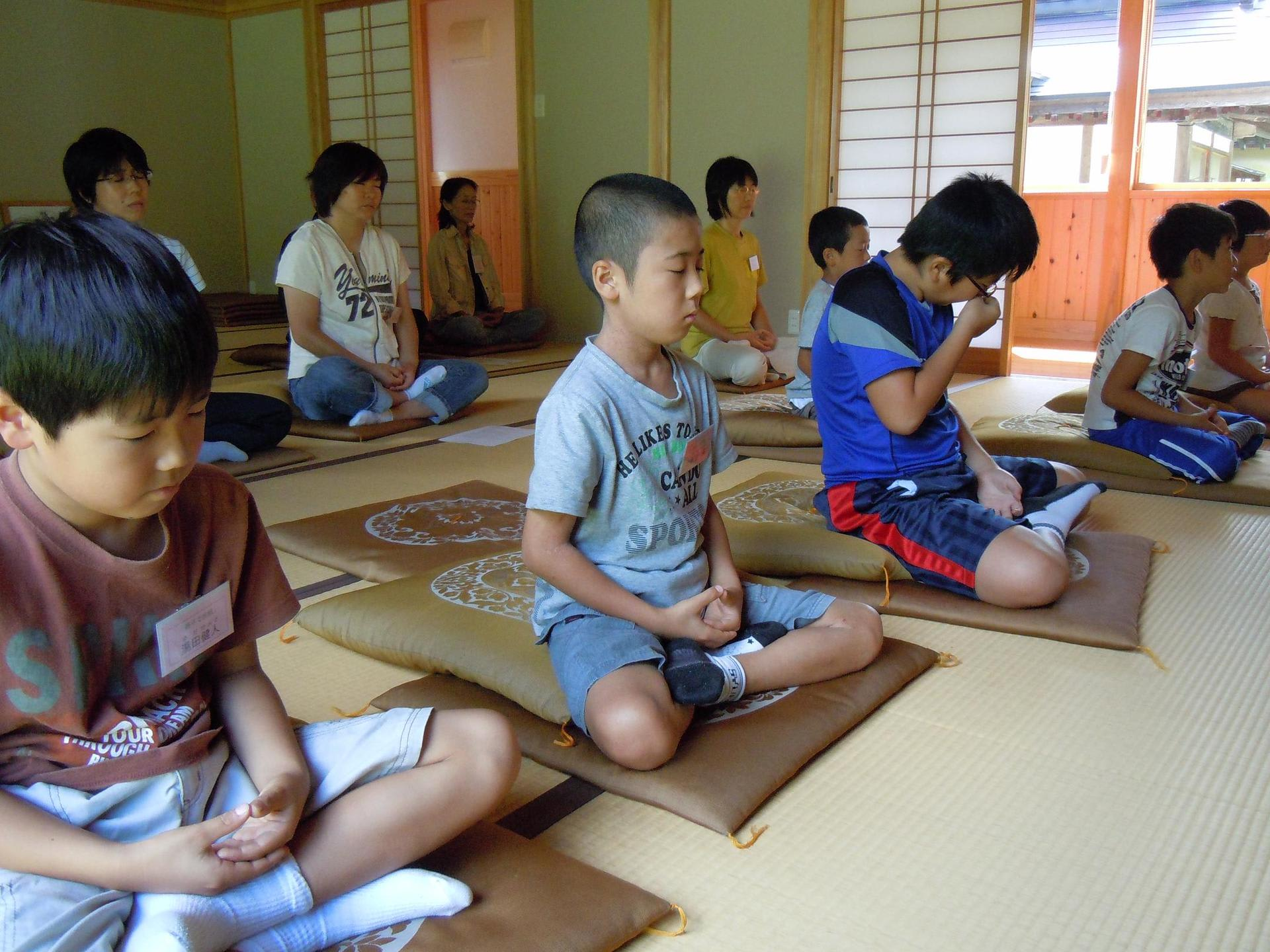 お寺で小坊主体験 - 常楽院