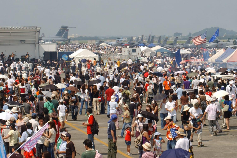 【東京】米軍横田基地を開放の友好祭 オスプレイ、グローバルホーク、先日9日に北朝鮮上空を誇示通過した爆撃機等展示予定©2ch.netYouTube動画>30本 ->画像>29枚