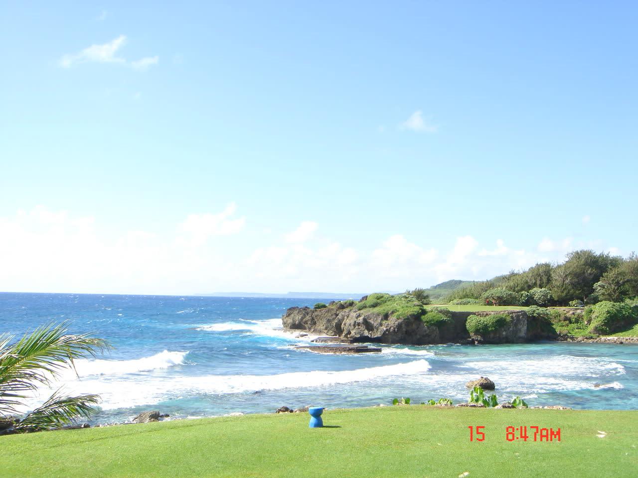 ビックリするくらい、綺麗なゴルフ場です・・・ 景色を見ているだけでも、... グアムの最高ゴルフ