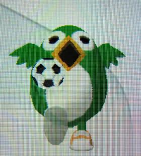 鳥栖市「とっとちゃん」。サッカーボールを使って見事なリフティング