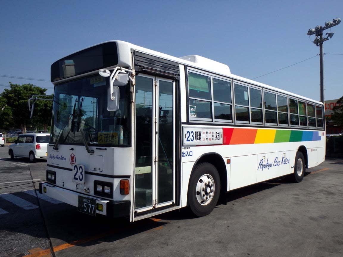 琉球バス交通で活躍する元米軍輸...