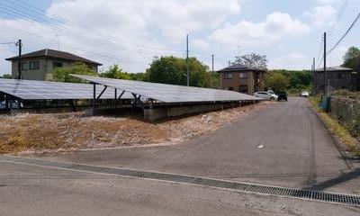 住宅地が太陽光発電所に