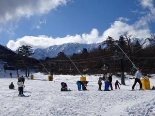 スキー場。人多い。