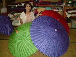 バリバリバリバリッ!カチャッ。 「和傘を開く音」です。 今回は、和傘生... ぎふ見聞録~岐阜和
