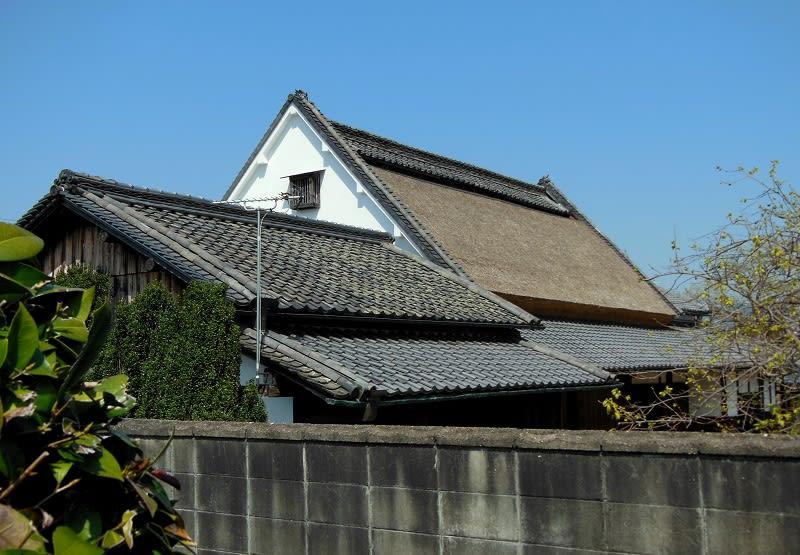 奈良県天理市 嘉幡町茅葺き民家 - 愛しきものたち
