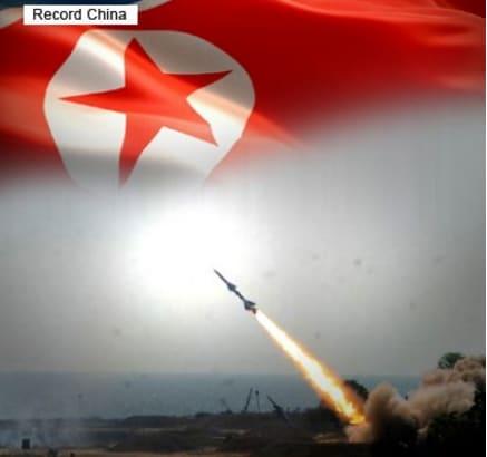 北朝鮮がミサイル発射、沖縄上空...