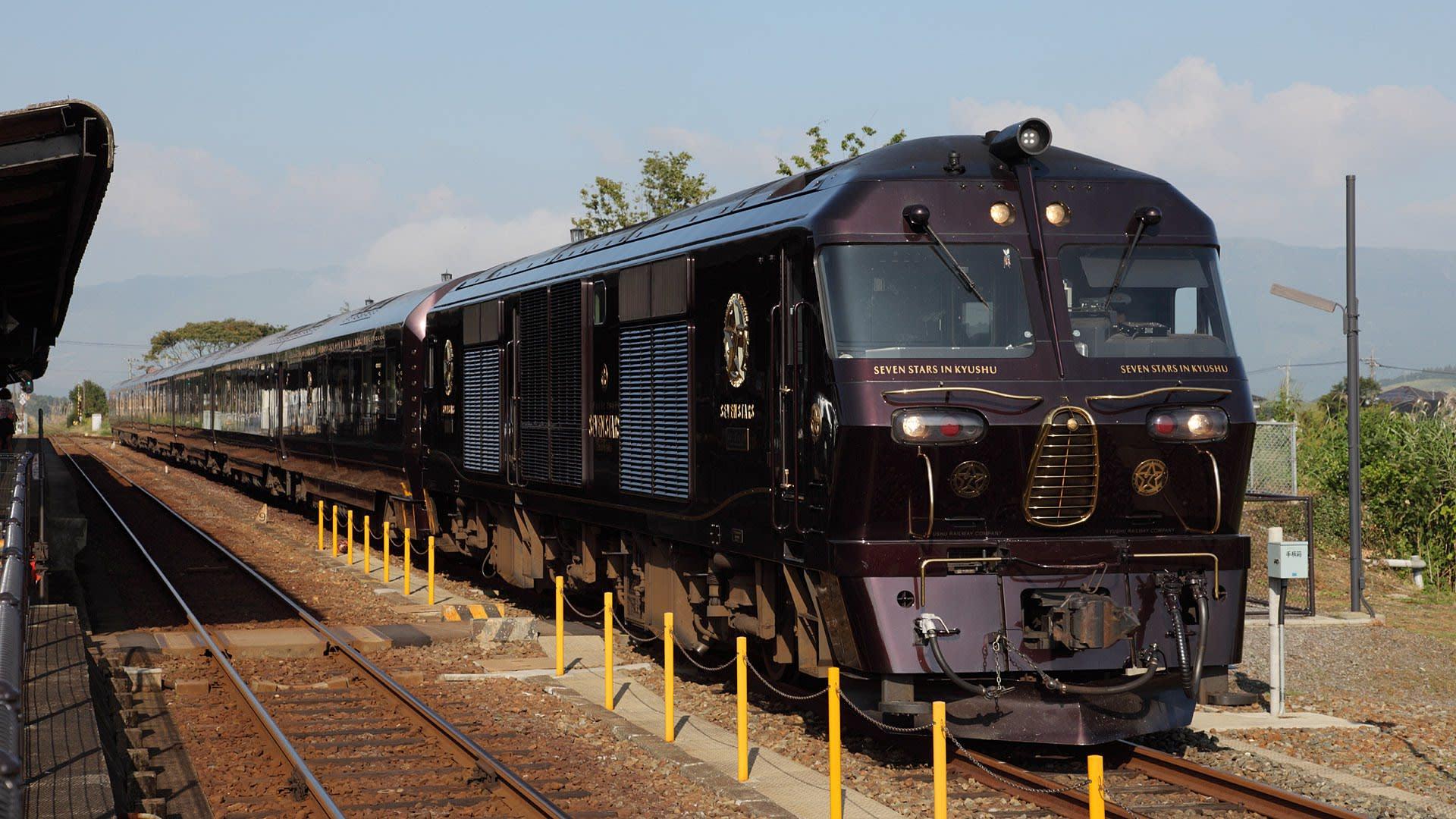クルーズトレイン 寝台列車