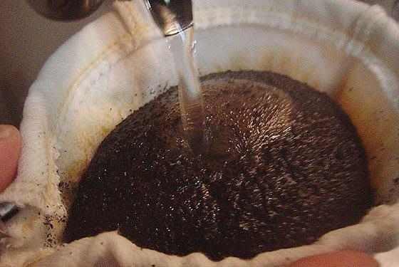 ネルドリップで点てた珈琲が美味しくて、 数年前から、その抽出方法にのめ... ネルドリップで抽出