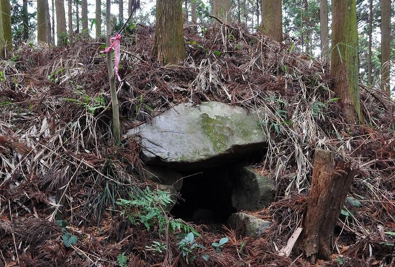 岩坂式シ山古墳の開口部