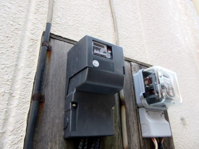 当店の単相3線式の積算電力量計がスマートメーターに交換されました。 - 江戸川区小岩の大野電機で