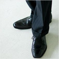 男性に質問!雨の日の靴ってどうしてますか?