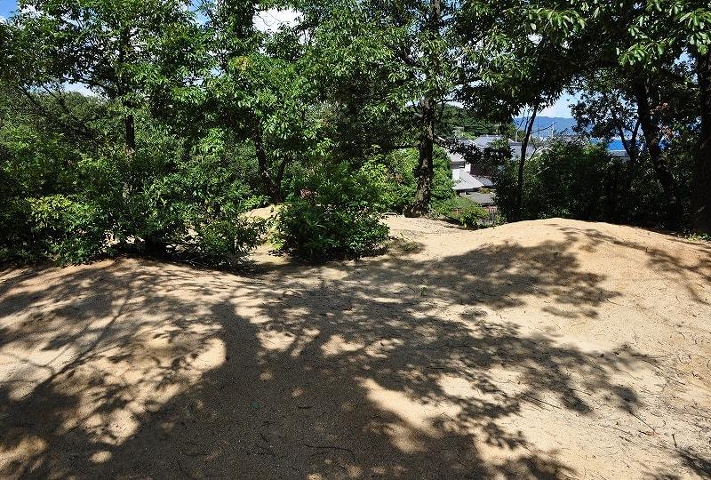 モエサシ3号墳の墳頂