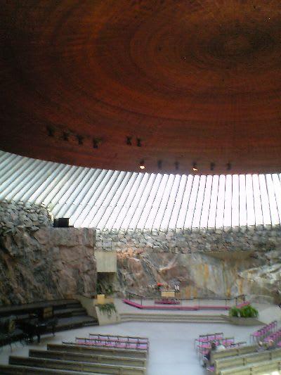 フィンランド・ヘルシンキのテンペリアウキオ教会