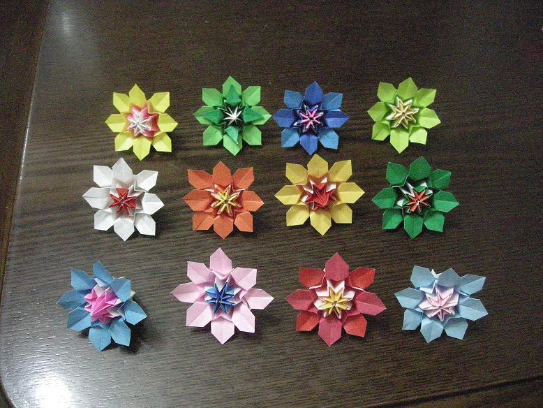 すべての折り紙 千代紙折り方花 : おりがみの花・パートⅢ ...