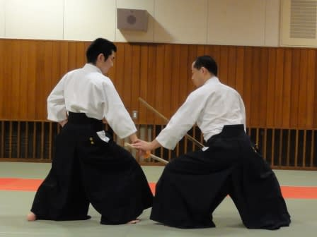 「護身術」として見た場合、武道・武術の技の練習は、いまひとつ現実味に欠... * 合氣の会 ai