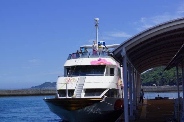 鳥羽湾めぐりの遊覧船「フラワーマーメイド」に乗船してきました〜(^^)