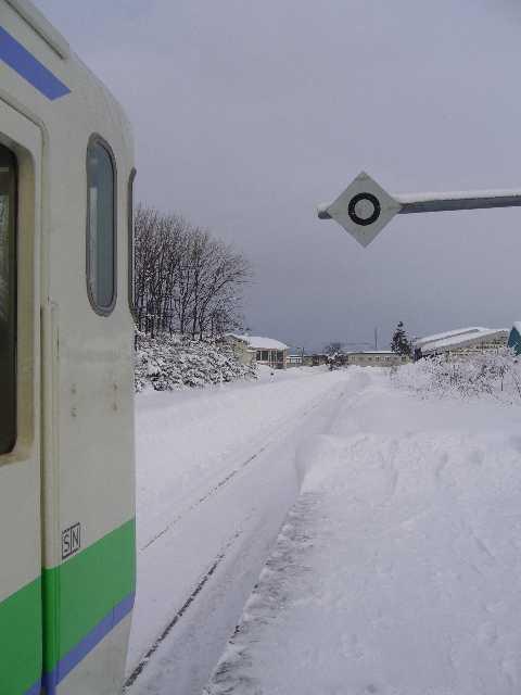 新十津川駅に停車するキハ40