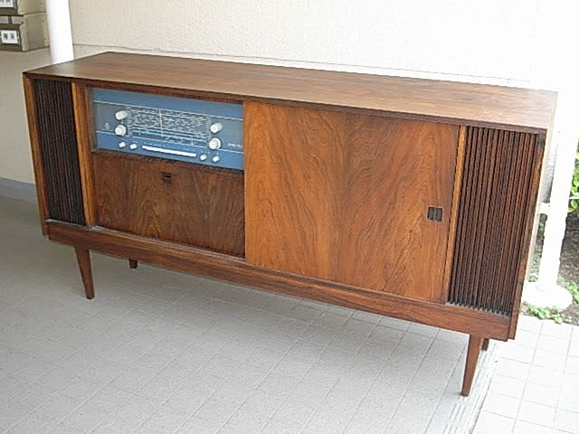 b o bang olufsen grand prix tv 610 rg 1963. Black Bedroom Furniture Sets. Home Design Ideas