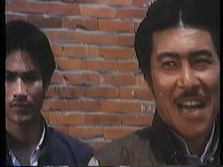 左:若き日の狄威 ようやく観ることができた「ドラゴン荒野の猛殺」ですが...  片腕ガンマンvs