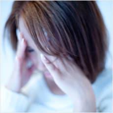 夫婦だんらんを邪魔する夫の同僚女性のメール攻撃