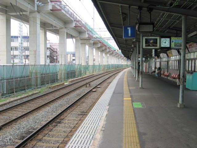 京阪淀駅京都方面ホーム