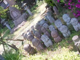石仏を彫る会なるものがあるそうで